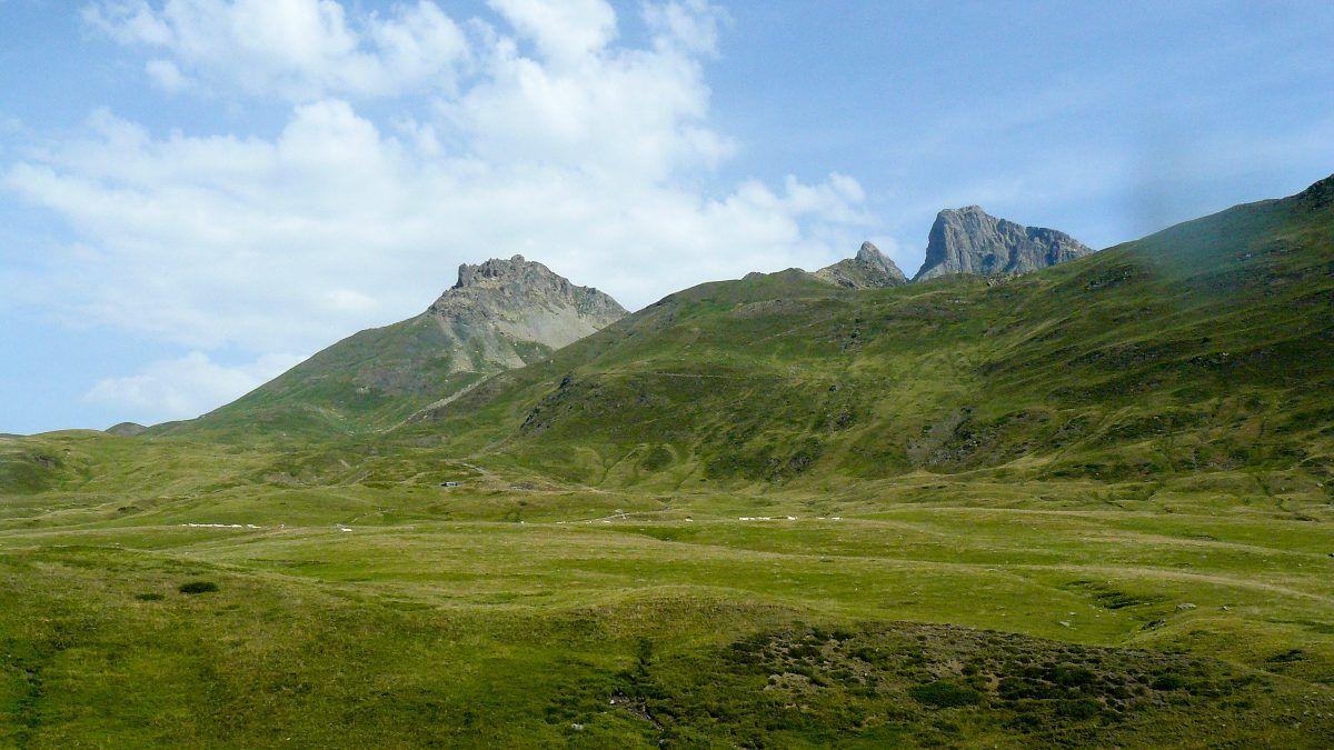 Vuelta al Midi d'Ossau. Peyreget y Midi